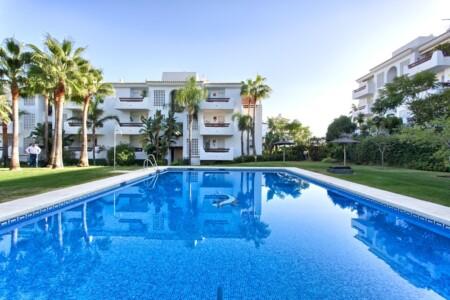 Family Apartment near Safari, Luxury Vacation Rentals Marbella Costa Del Sol