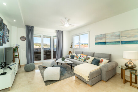 Duquesa Golf & Sea Apartment, Luxury Vacation Rentals