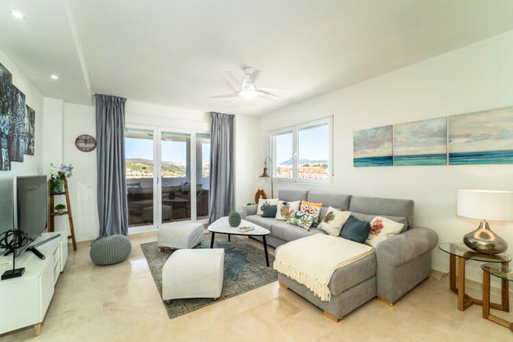Duquesa Golf & Sea Apartment, Luxury Vacation Rentals